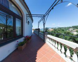 hotel_jaccarino_hotel_a_sant_agata_sui_due_golfi_massa_lubrense_sorrento_foto_h_ingresso_storico