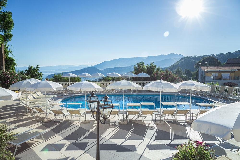 hotel_jaccarino_hotel_a_sant_agata_sui_due_golfi_massa_lubrense_sorrento_foto_n_piscina
